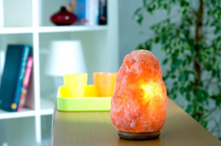 Соляная лампа - польза и вред, как выбрать, показания и инструкция по применению дома