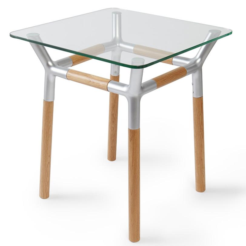 Диван со столиком в подлокотнике: особенности и выбор
