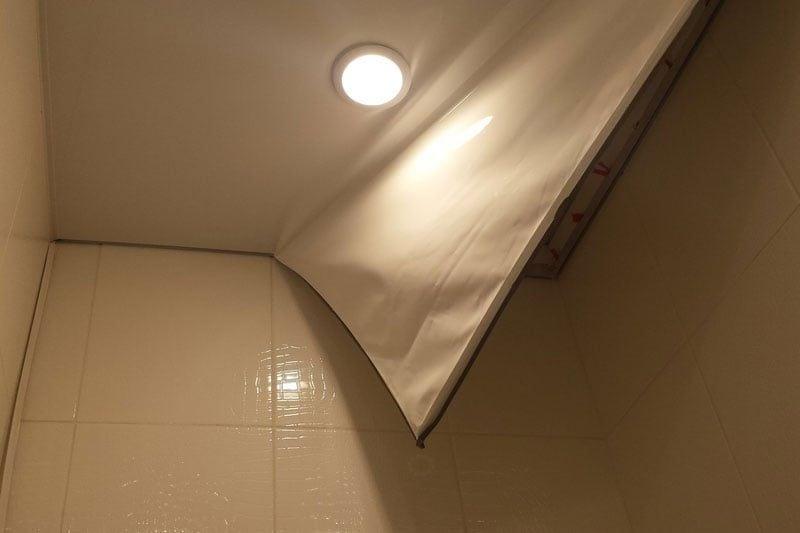 Как снять натяжной потолок? демонтаж своими руками, как демонтировать и самому снова его натянуть