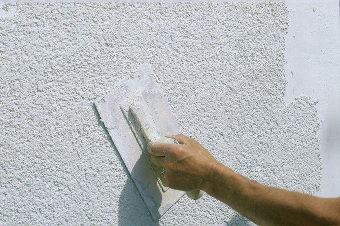 декоративная штукатурка короед для внутренней отделки стен