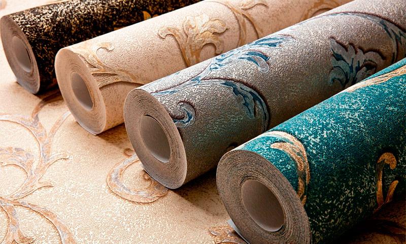 Флизелиновые обои: описание и разновидности материала, особенности оклейки и ухода