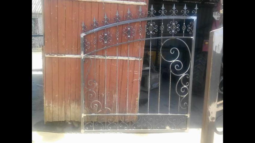 Кованные ворота своими руками: делаем элементы ковки +75 фото