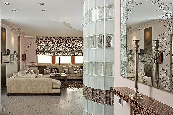 стена из стеклоблоков