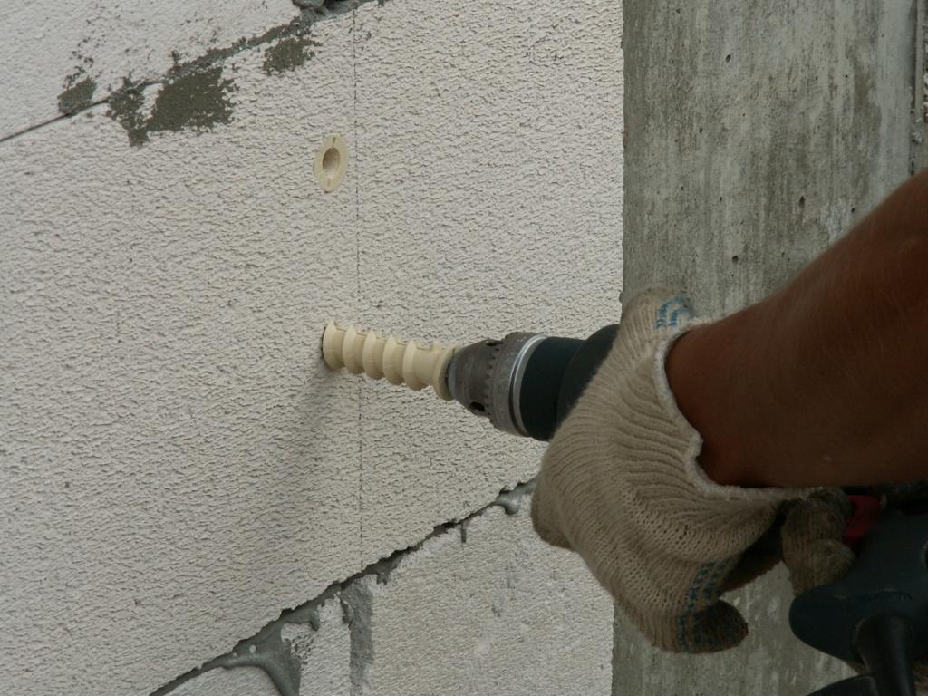 Дюбеля для пеноблоков - какие бывают: видео-инструкция по монтажу своими руками, фото