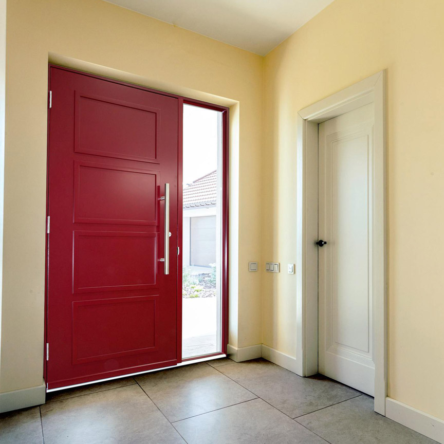 теплые входные двери с терморазрывом