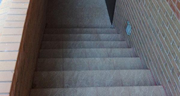 керамогранитные ступени для лестниц