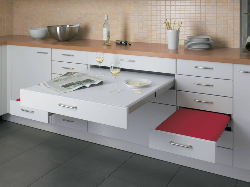 Встроенный выдвижной кухонный стол: модели / как выбрать?