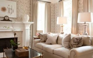 Желтые обои (55 фото): какие шторы подойдут к нежным оттенкам для стен, как подобрать красивые сочетания с черным и красным, примеры в интерьере комнаты