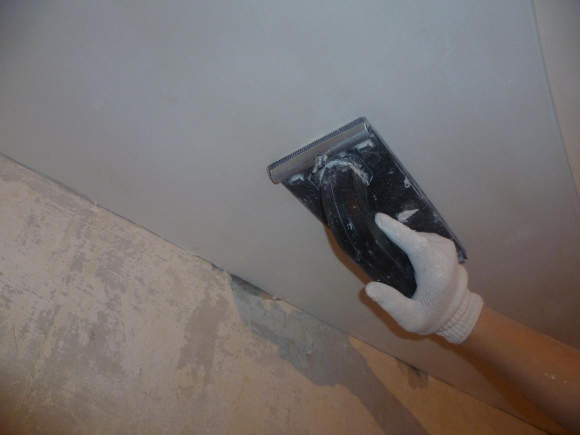 Как шкурить стены после шпаклевки своими руками