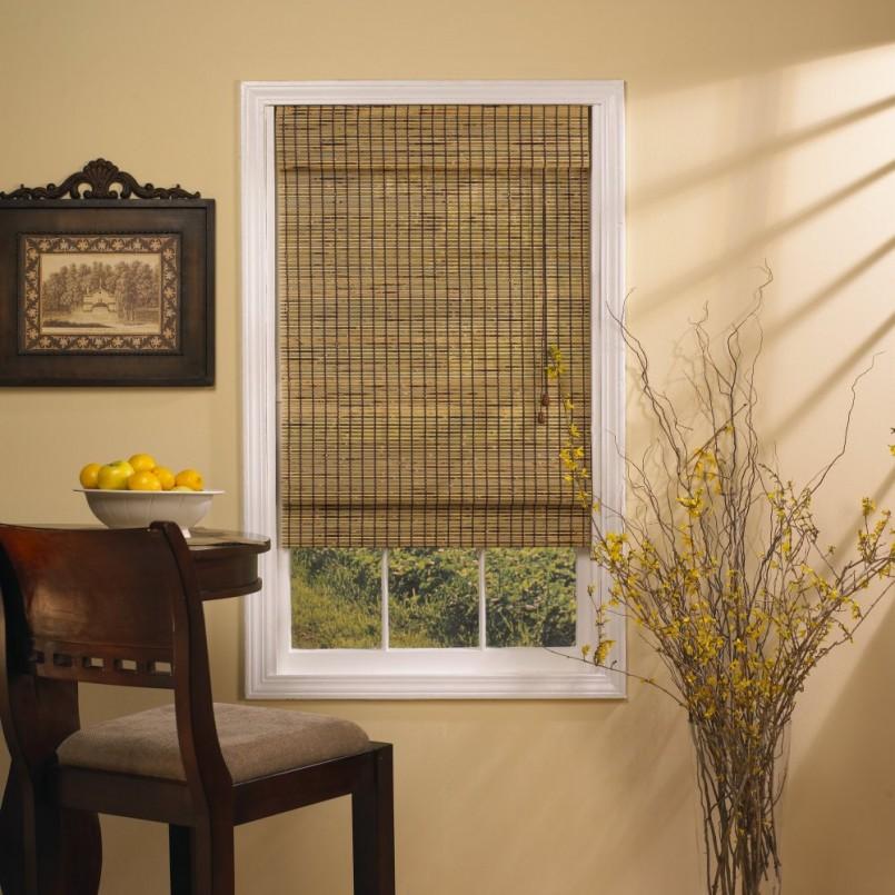 Бамбуковые шторы как элемент декора окна и дверного проема