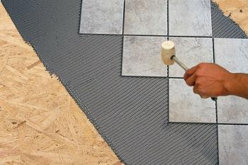 Самостоятельная укладка плитки на фанеру