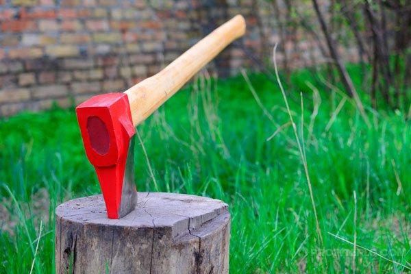 топор для колки дров