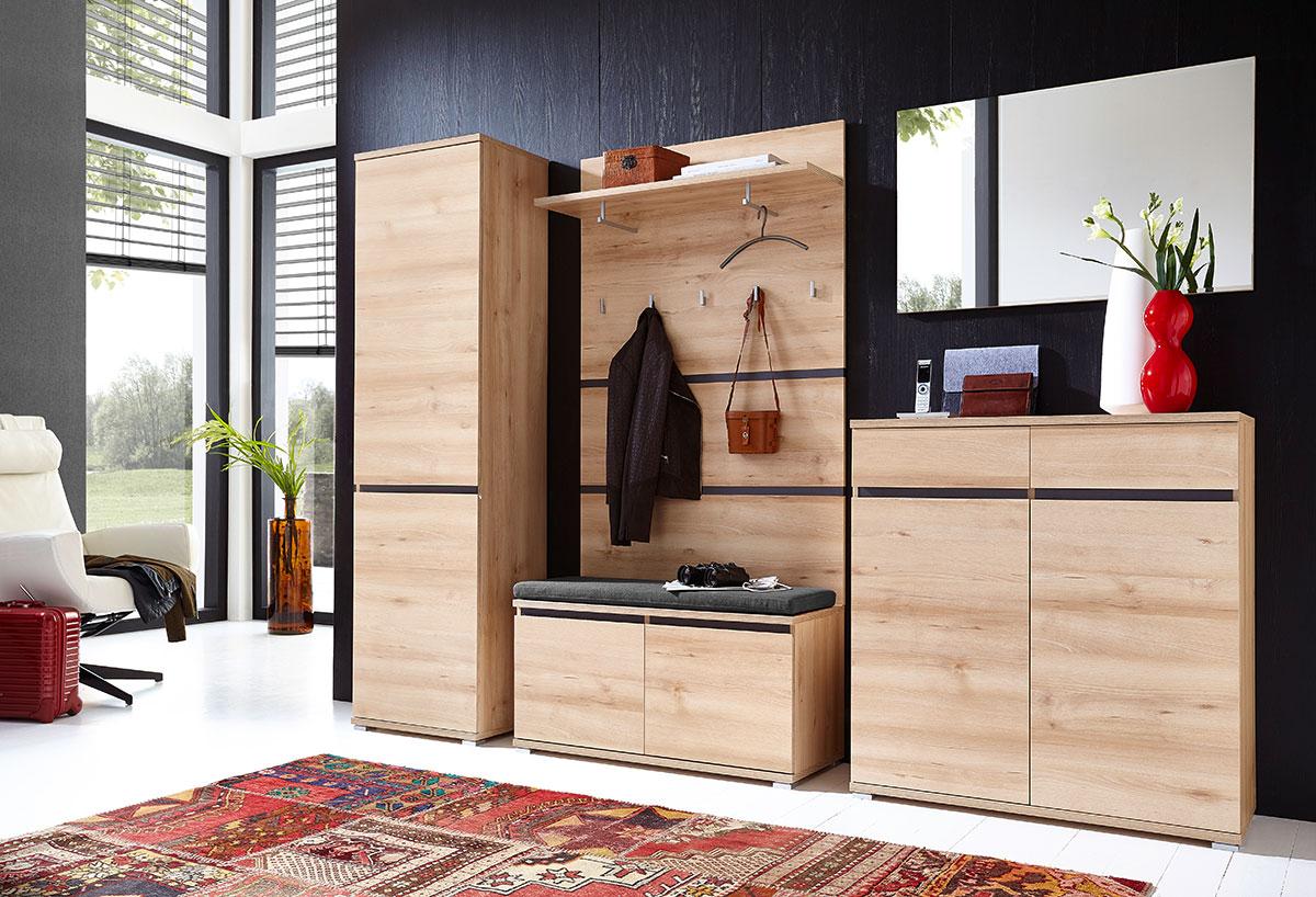 Шкаф-купе в маленькую прихожую: виды, выбор и размещение