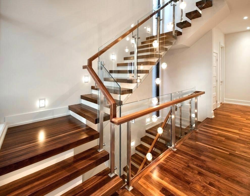 Подсветка лестницы в частном доме на второй этаж: автоматическая, со светодиодной лентой