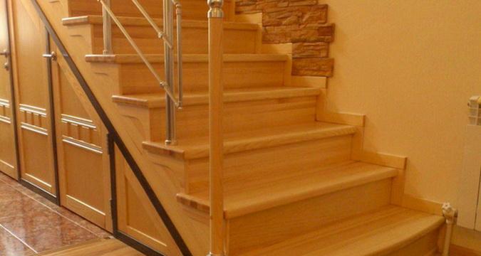 отделка лестницы из бетона деревом цена работы