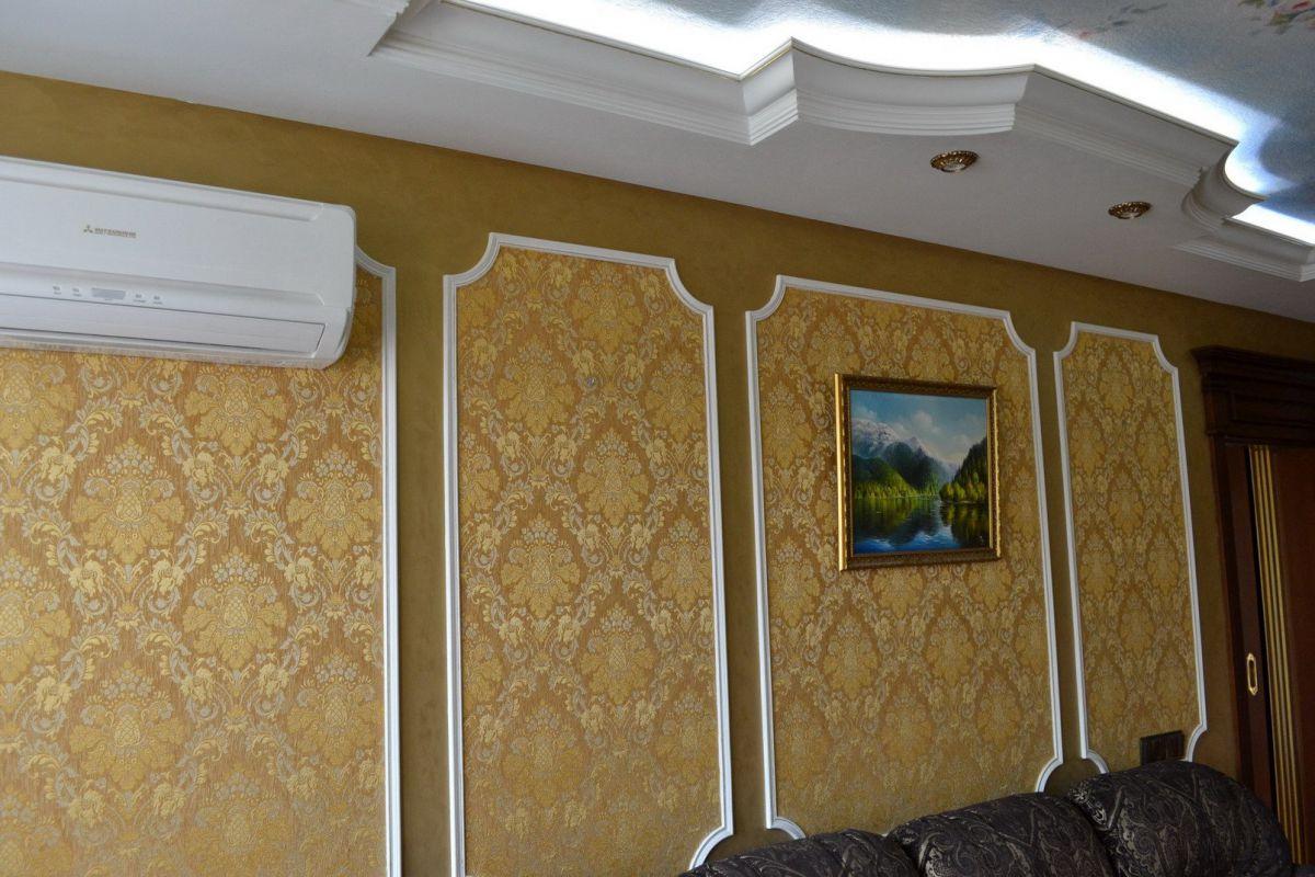 Как повесить рамку на стену? 49 фото как прикрепить рамки без гвоздей и без сверления? крепеж, подвесы и держатели для фоторамок