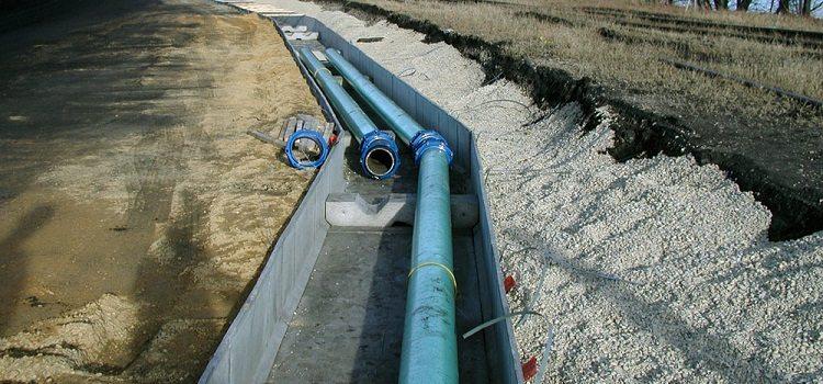 Как утеплить канализационные трубы в частном доме?