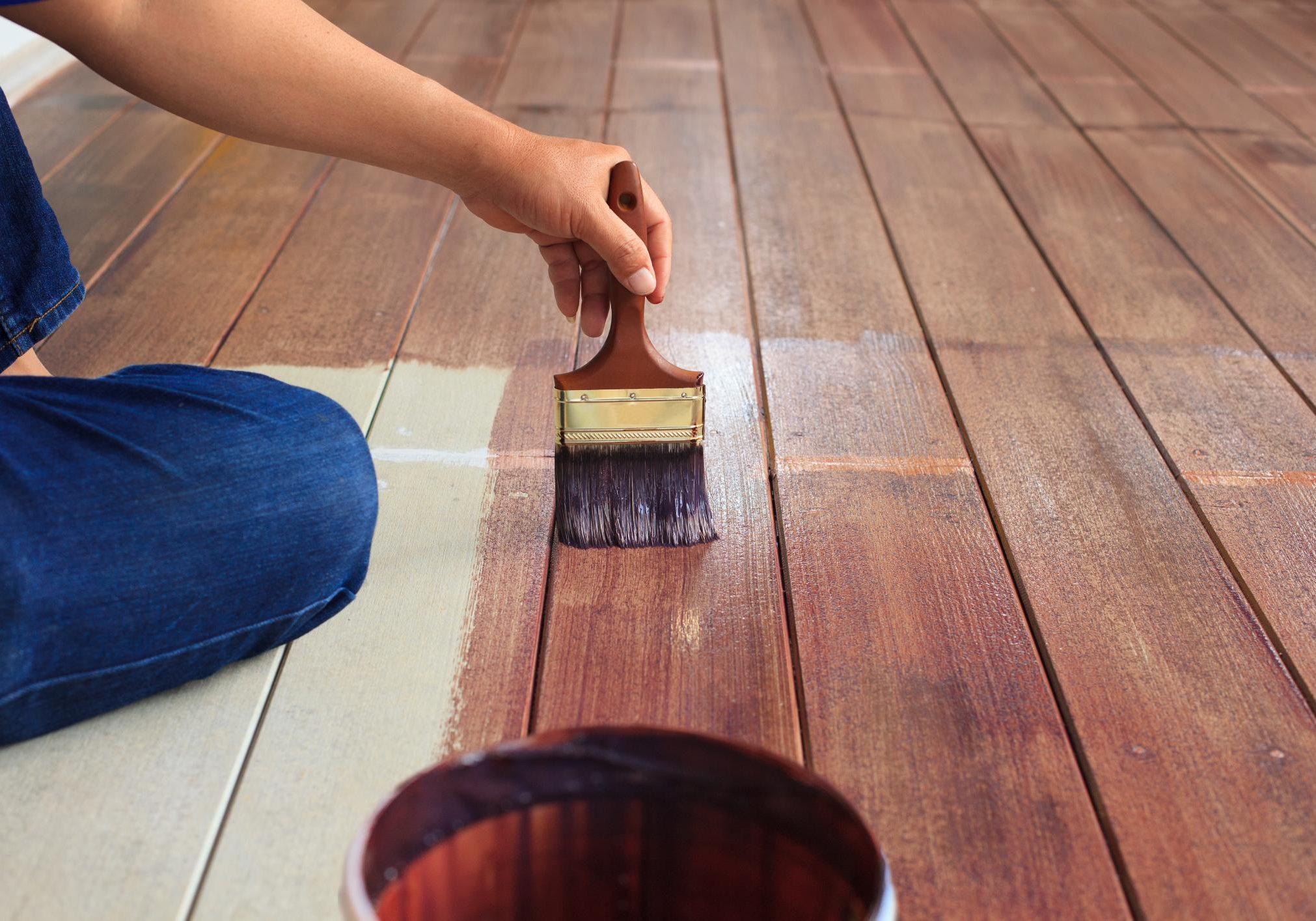 Покраска деревянных изделий акриловыми, масляными, эпоксидными и другими составами
