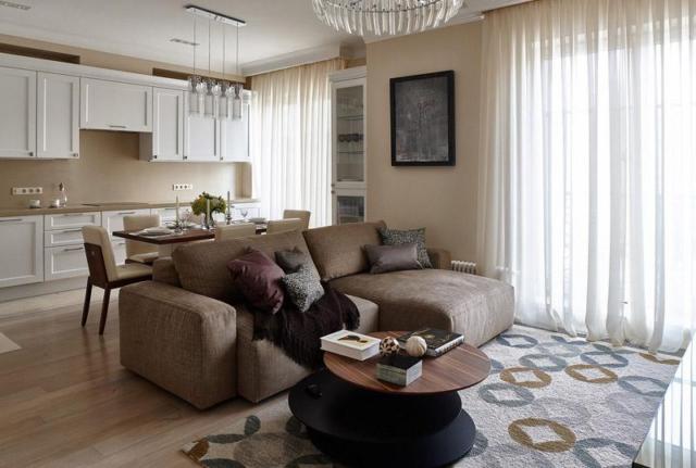 Шторы в гостиную-кухню (28 фото): дизайн штор в совмещенной комнате на два окна