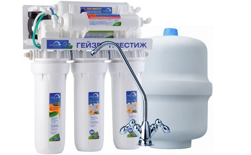 Какой фильтр для воды под мойку лучше выбрать: рейтинг и сравнение лучших бытовых проточных приборов трехступенчатый очистки — товарика