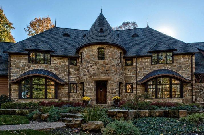 проекты домов в замковом стиле