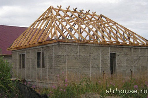 Расчет двухскатной крыши: принципы подбора пропорций и подсчет расходных материалов