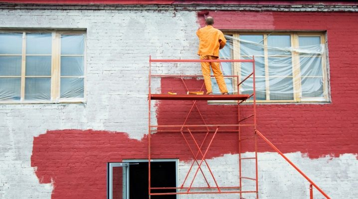 Фасадная краска по штукатурке для наружных работ — правила использования