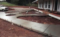 Бетонные дорожки на даче своими руками - как залить дорожку бетоном?