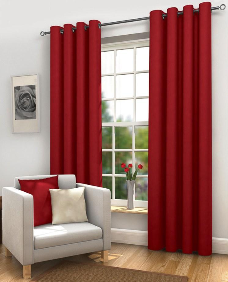 Красные шторы (35 фото): занавески красного цвета на кухню, примеры в интерьере, сочетание с белым