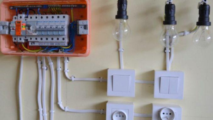 Электрощитокдлядачи: комплектация и установка
