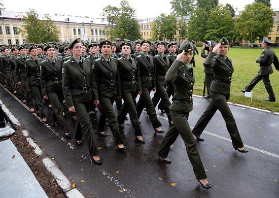 """Сочинение на тему """"почему я хочу служить в фсб россии?"""" :: syl.ru"""