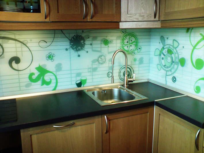 Отделка кухни пластиковыми панели для стен — варианты монтажа
