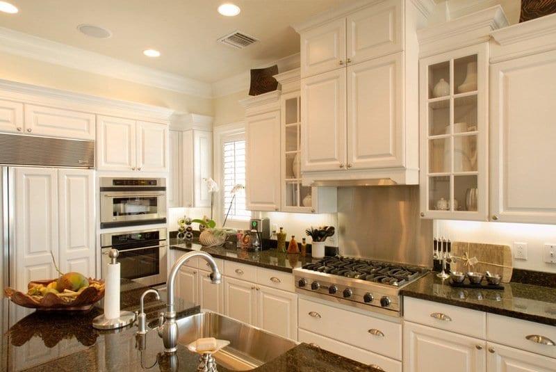 стильные кухни фасады