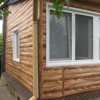 Фасадный сайдинг для наружной отделки дома – сравнение материалов, фото и видео