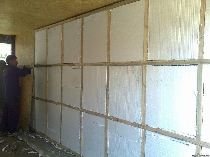 Как утеплить крышу гаража: изнутри или снаружи, металлическую и на балках