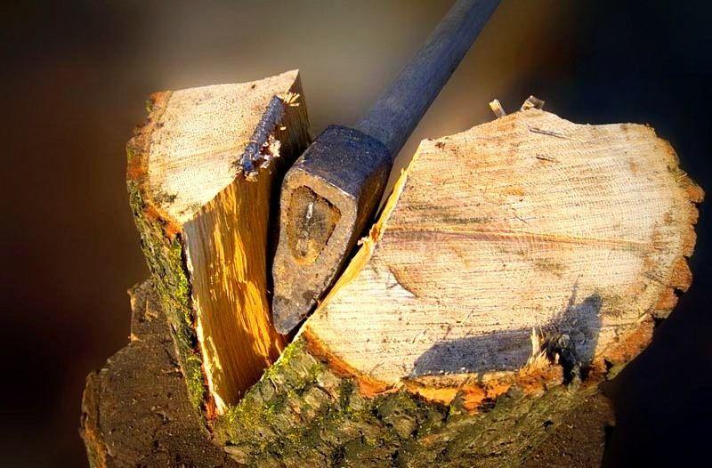 Колун для дров: разновидности ручного и автоматизированного инструмента, критерии выбора