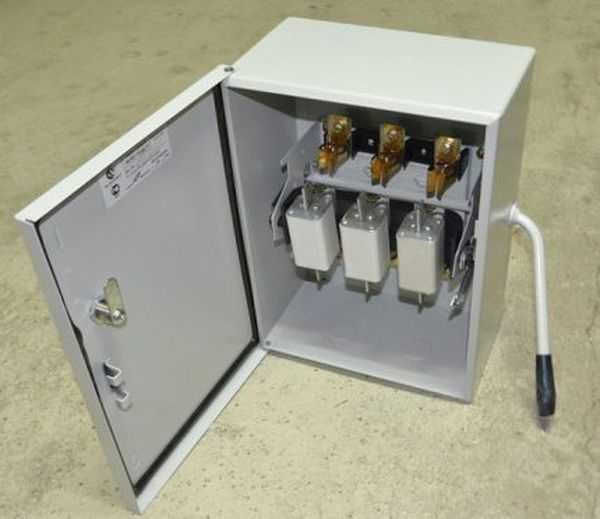 Как выбрать ящик для счётчика электроэнергии