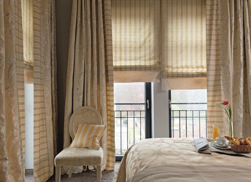 Красивые шторы в спальню: нюансы дизайна для современных стилей + 100 фото примеров интерьера
