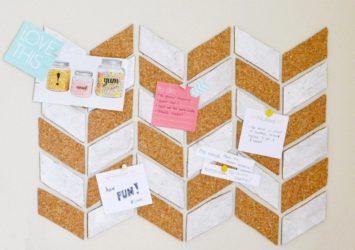 Все о настенных пробковых досках. как применяют пробковый стенд для заметок в офисе, школе, детском саду?