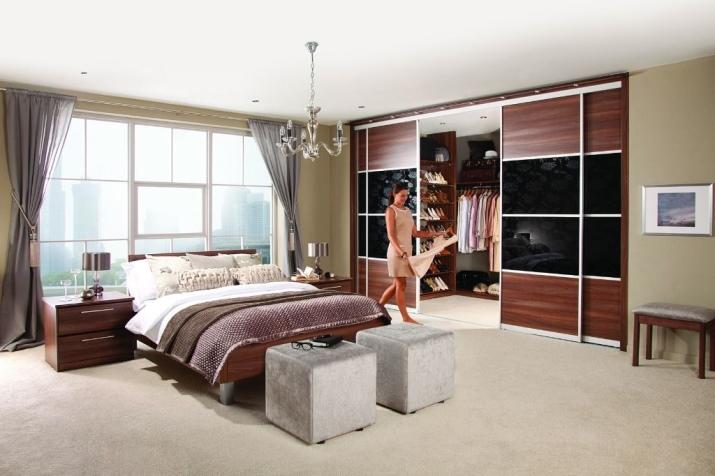 Шкафы купе в спальню: красота на фото, экономия в цене