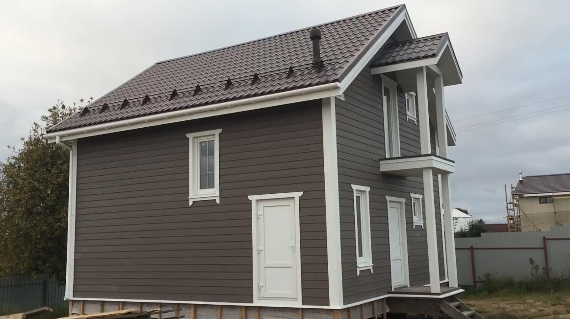 Достоинства и недостатки пластиковых фасадных панелей для наружной отделки фасада дома + виды и технические характеристики