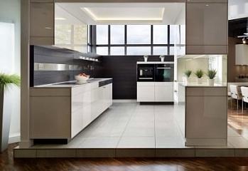 Прямые кухни 2 метра (36 фото): варианты дизайна кухонных гарнитуров. как выбрать готовые комплекты 2000 мм в длину?
