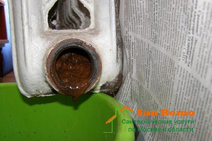 В трубах отопления журчит вода: определение и способы устранения шумов | greendom74.ru