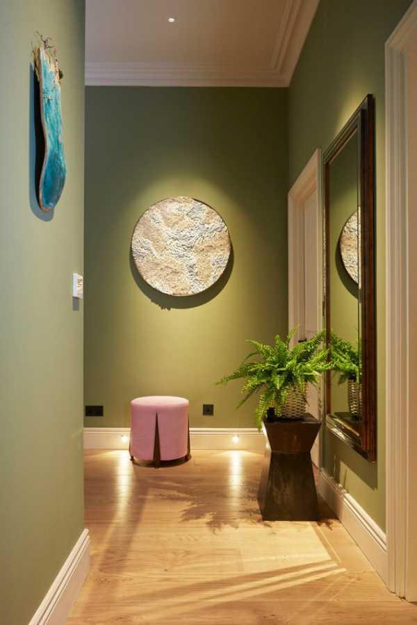 Оливковый цвет в интерьере (80 фото): с какими другими оттенками сочетается цвет оливы? светло-оливковые стены и шторы, серо-оливковый диван в интерьере