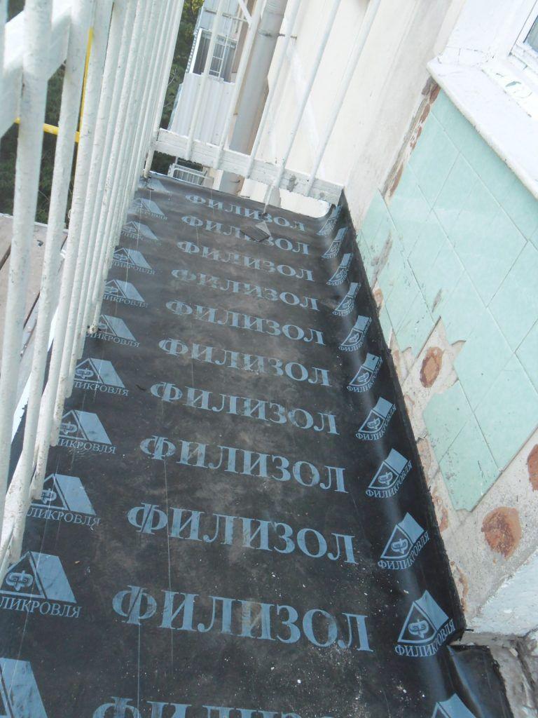 Безрамное остекление балконов и лоджий (47 фото): теплое остекление без рамы и бескаркасное холодное раздвижное остекление в «хрущевке»