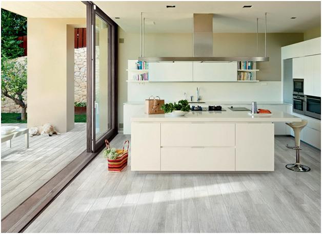 Какой ламинат лучше выбрать учитывая самые важные критерии и различные помещения квартиры или дома