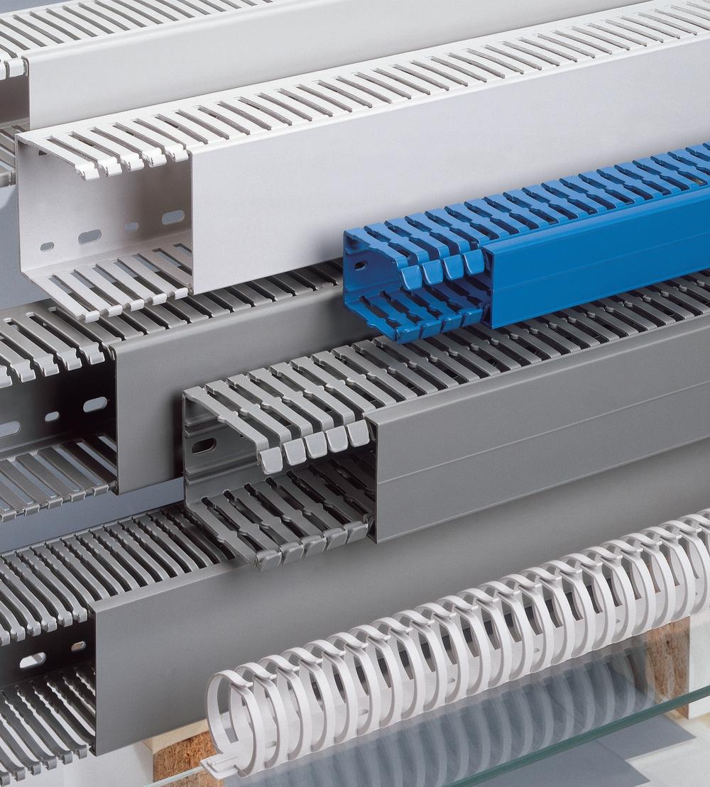 Как монтировать электропроводку в кабель-каналах?