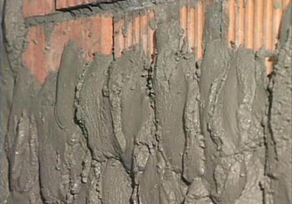 Цементная штукатурка для наружных и внутренних работ