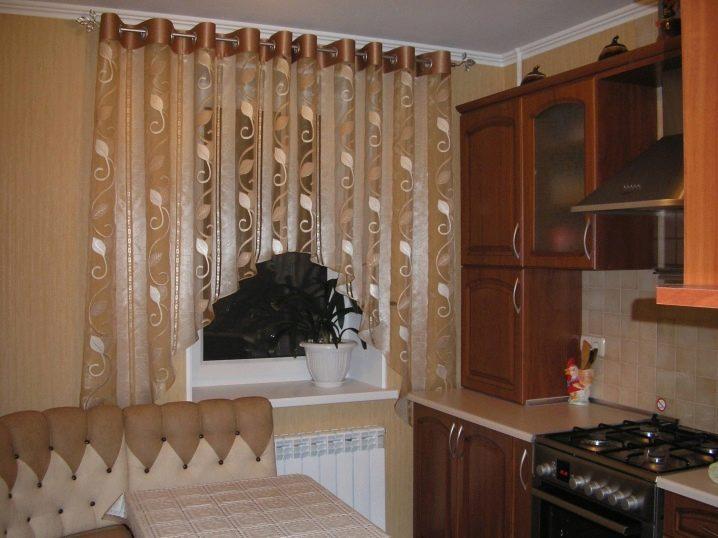 как выбрать шторы и тюль для гостиной