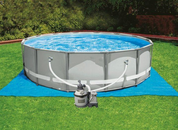 Как выбрать материал и организовать бассейн на даче